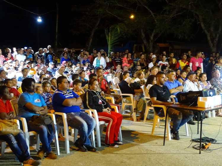 Pobladores de la comunidad de La Gloria.
