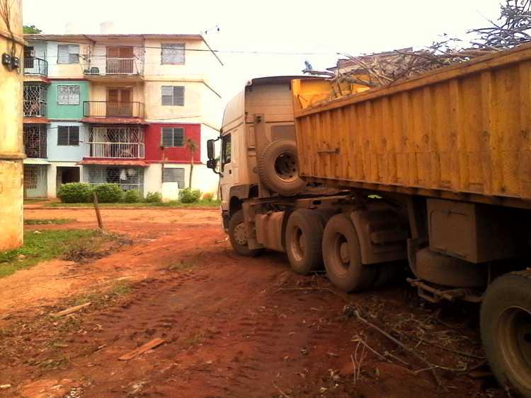 In Sierra de Cubitas continue to environmental sanitation work