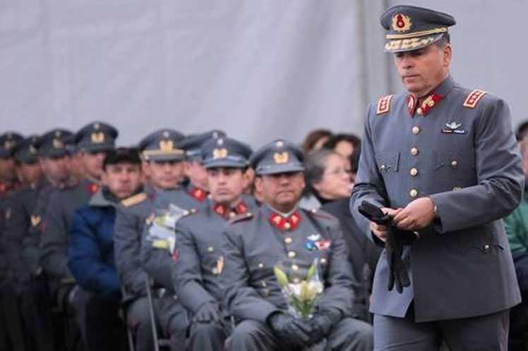Revelan pensiones millonarias a exmilitares sanos en Chile