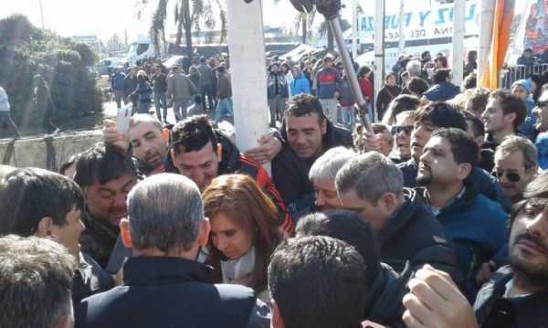 Gendarmería avanza sobre los trabajadores despedidos de Atucha en Zárate — Urgente