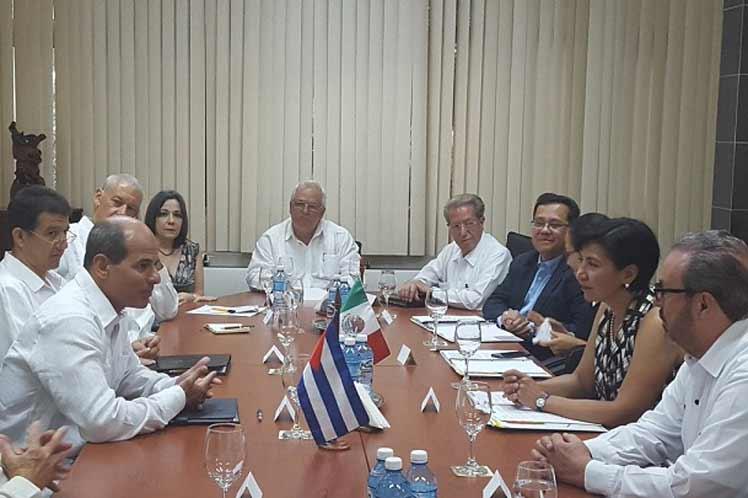 México y Cuba estrechan relaciones económicas y políticas