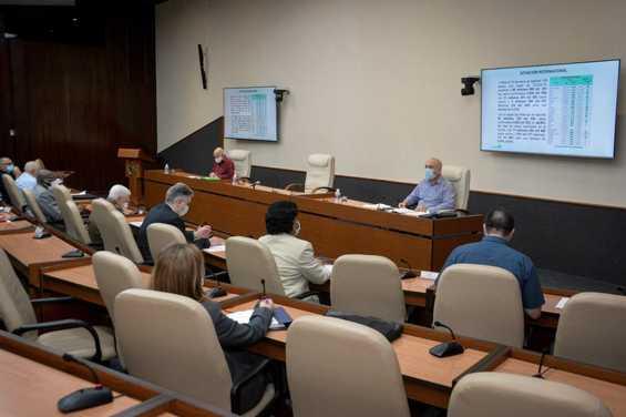 Reportan en Cuba 650 nuevos casos de la COVID-19