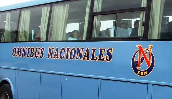 Établissant à Cuba de nouvelles routes pour transport de passagers