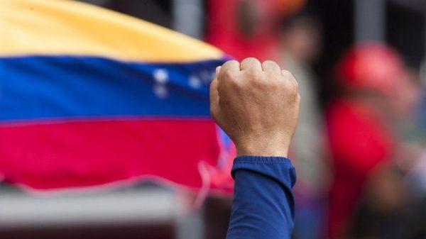 Alerta diplomático sobre planes belicistas de Colombia contra Venezuela
